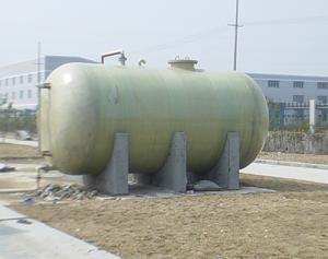 水泥支座卧式储罐